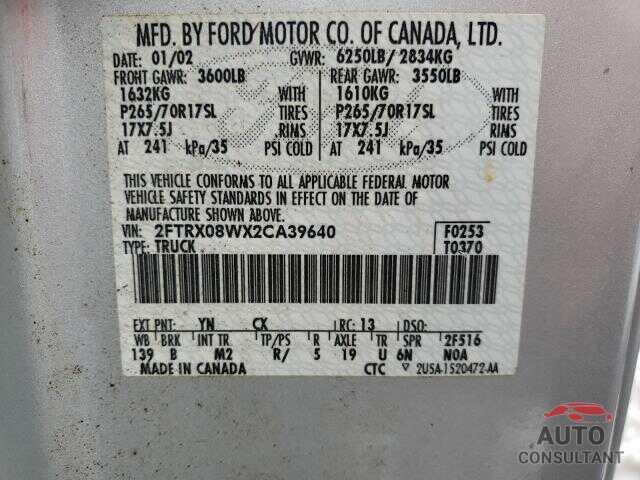 FORD F150 2002 - 3FA6P0G77JR187494