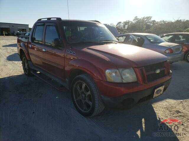 FORD EXPLORER 2003 - 19XFC1F39GE013677