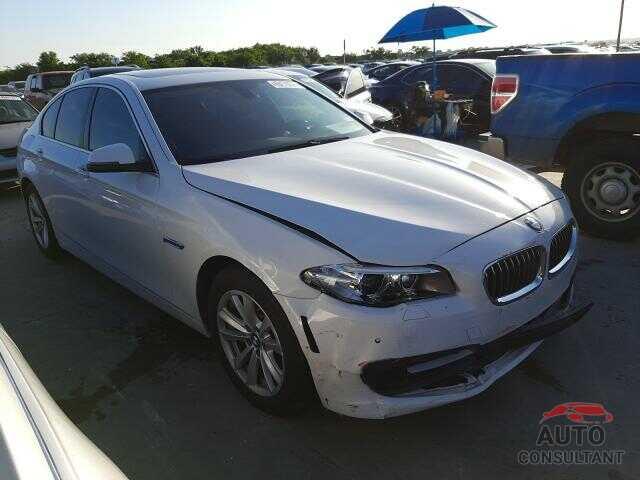 BMW 5 SERIES 2016 - WBA5A5C5XGD525414