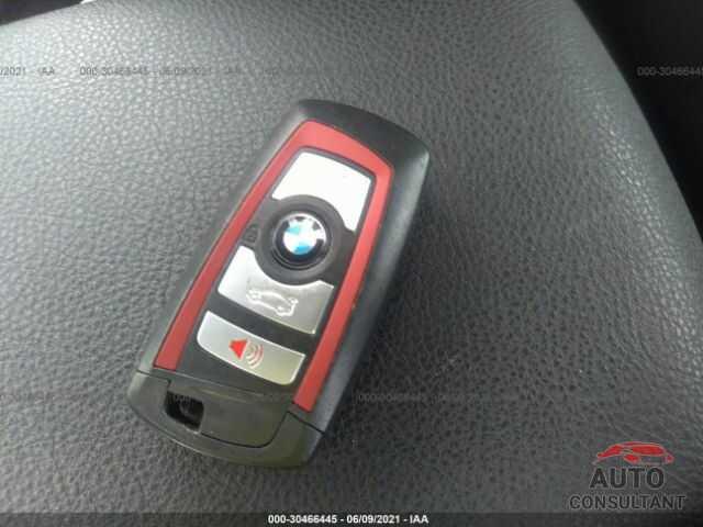 BMW 3 SERIES 2016 - WBA8E3G5XGNU05803