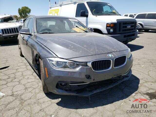 BMW 3 SERIES 2017 - WBA8E1C32HA156415
