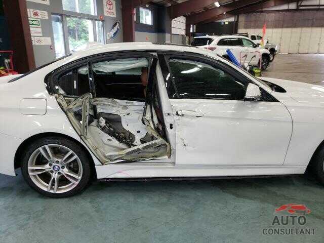 BMW 3 SERIES 2017 - WBA8B7G50HNU37354