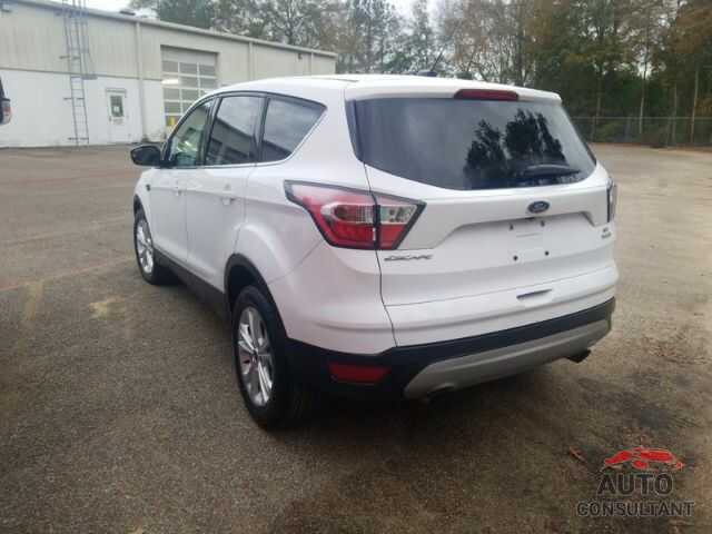 FORD ESCAPE 2017 - 1FMCU0GD7HUB05290