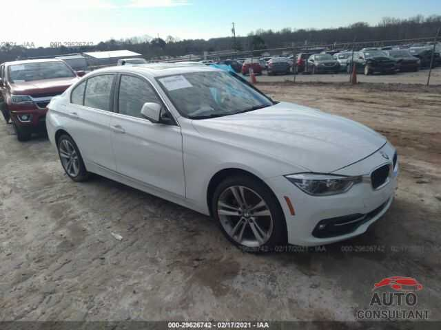 BMW 3 SERIES 2017 - WBA8B9G56HNU49181