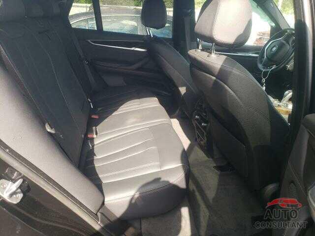 BMW X5 2018 - 5UXKR0C50JL075334