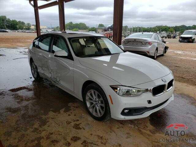 BMW 3 SERIES 2018 - WBA8A9C51JAH14307