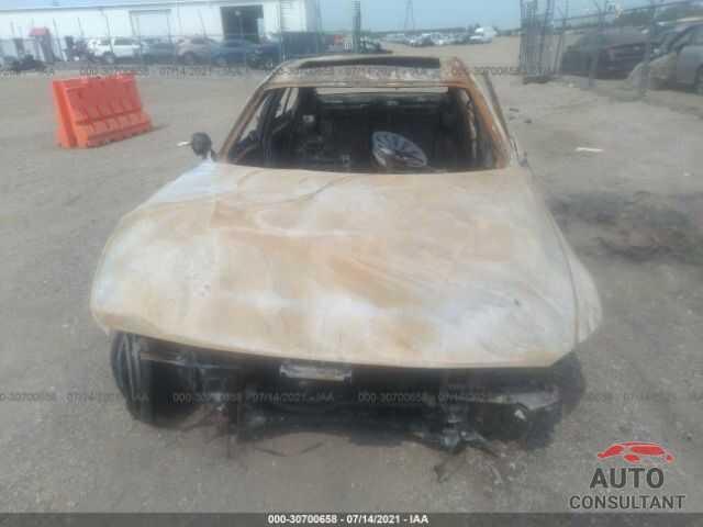BMW 3 SERIES 2018 - WBA8A3C51JA492202