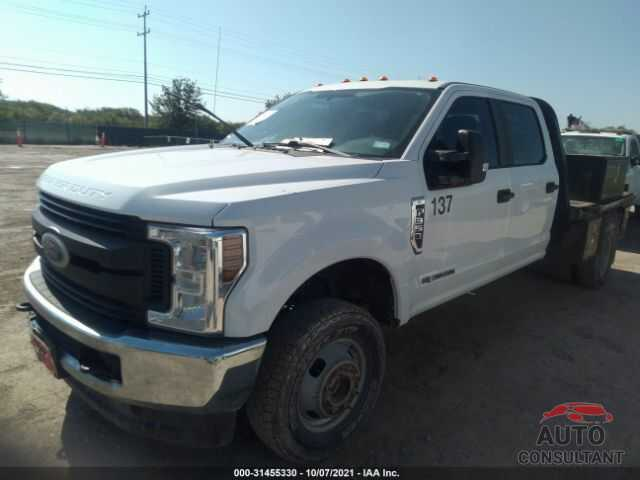 FORD SUPER DUTY F-350 DRW 2018 - 1FT8W3DT6JEC39547