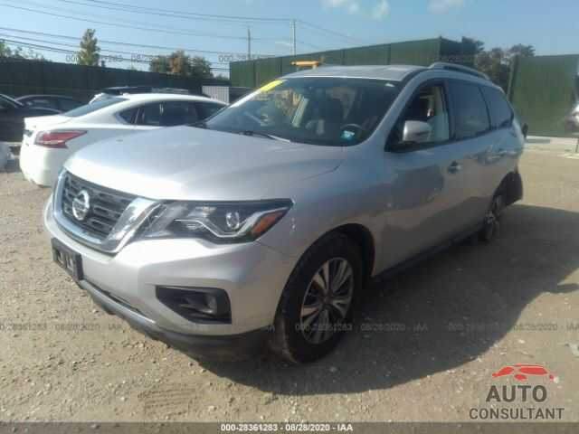 NISSAN PATHFINDER 2019 - 5N1DR2MM5KC640119