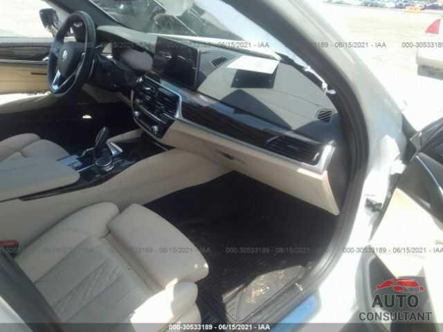 BMW 5 SERIES 2021 - WBA53BH03MCF10702
